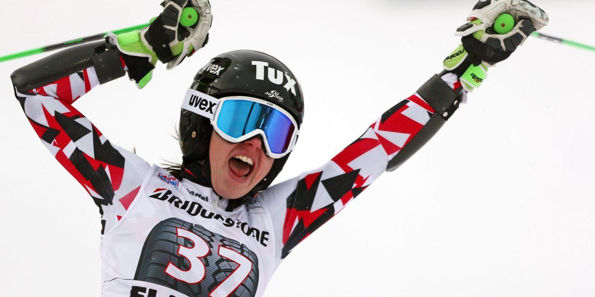 FLACHAU,AUSTRIA,17.JAN.16 - ALPINE SKIING - FIS World Cup, giant slalom, ladies. Image shows the rejoicing of Stephanie Brunner (AUT). Photo: GEPA pictures/ Thomas Bachun
