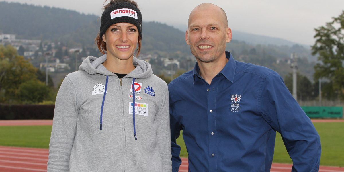 INNSBRUCK,AUSTRIA,10.OCT.16 - SKELETON - Media day with Janine Flock, press conference. Image shows Janine Flock (AUT) and sporting director Christoph Sieber (OEOC). Photo: GEPA pictures/ Michael Kristen